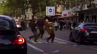 Dashcam filmt Räuber auf der Flucht