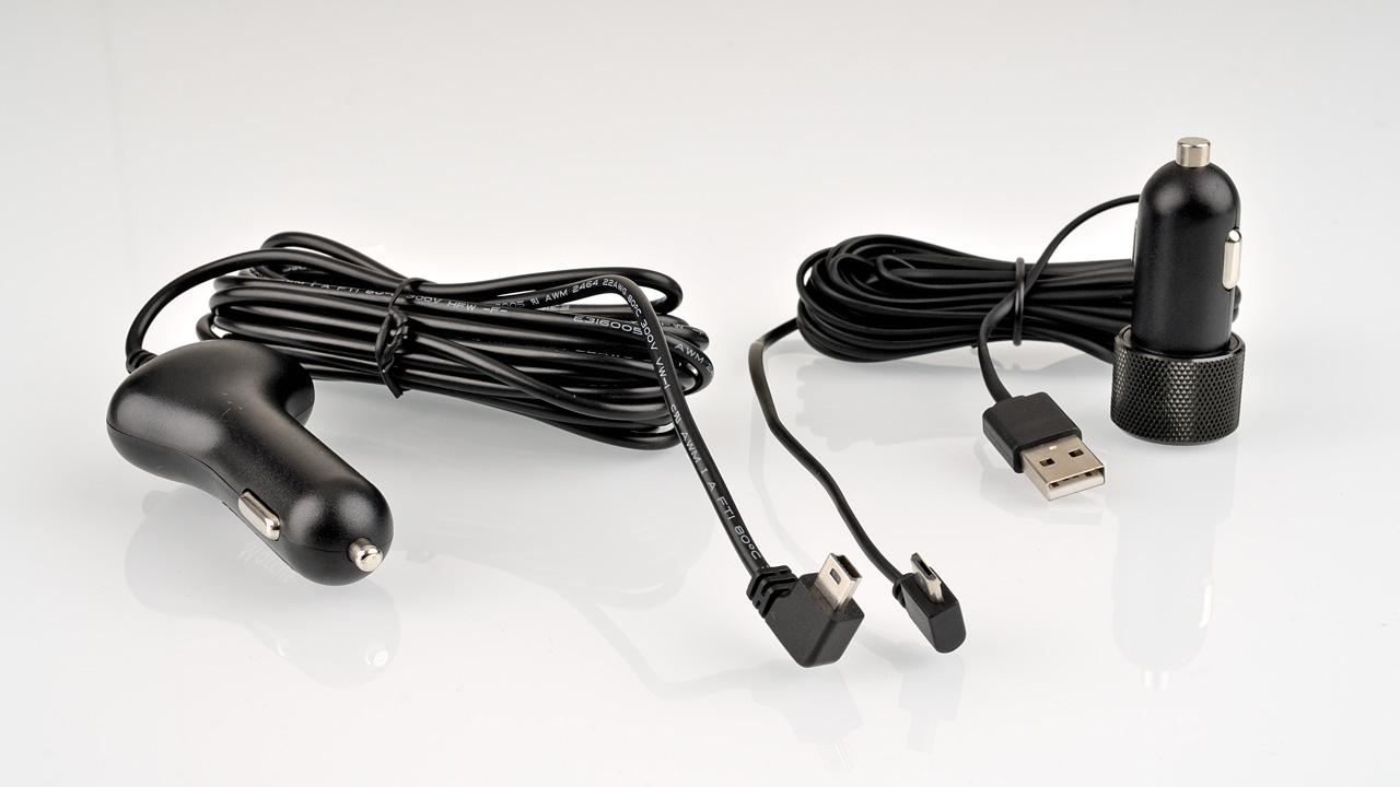 Das kabel der mini0806 ist 1.75 mm flach. Das Kabel der Vico Dashcam rund mit 3.5mm Durchmesser